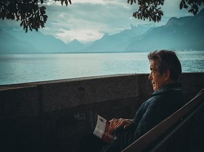 retirement old sitting relaxing vacation senior elderly